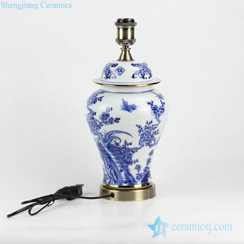 New arrival factory outlet low price blue and white hand drawing bird floral pattern brass basement vintage ceramic reading lamp