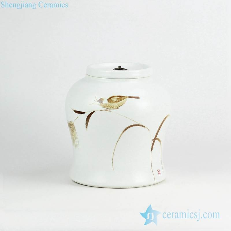Brown bird and reed pattern hand paint high quality medium size ceramic jar