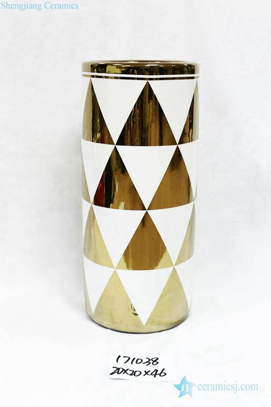 Gold electroplate triangle pattern new arrival porcelain home decor umbrella stand