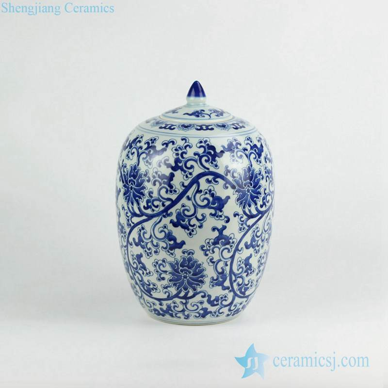 Blue and white floral pattern porcelain candle jar