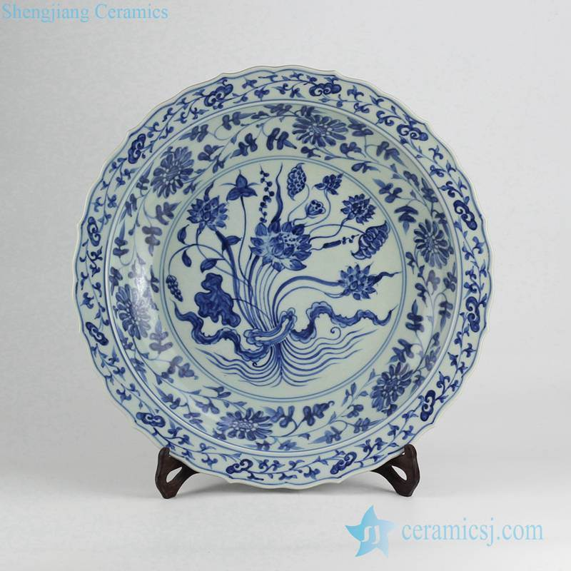 Bunch of lotus pattern reproduction ceramic decor plate