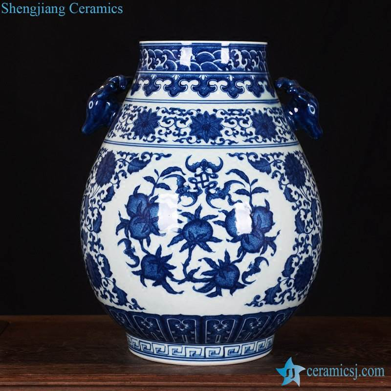 Longevity peach pattern medallion ceramic jar as wedding decor