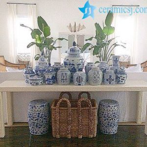 Several Ways to Use Blue and White Ceramics in Home Decor