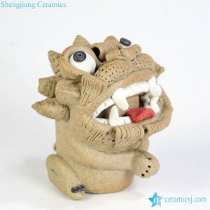 RZME01 Vivid Chinese legend cute pottery lion figurine