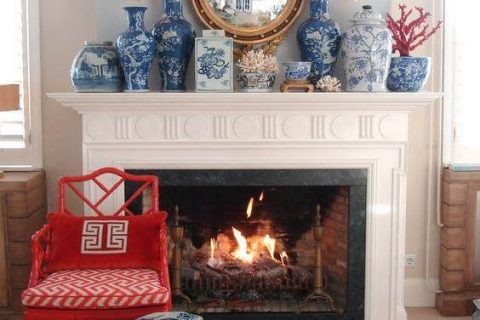 Several Ways to Use Blue and White Ceramics in Home Decor-2