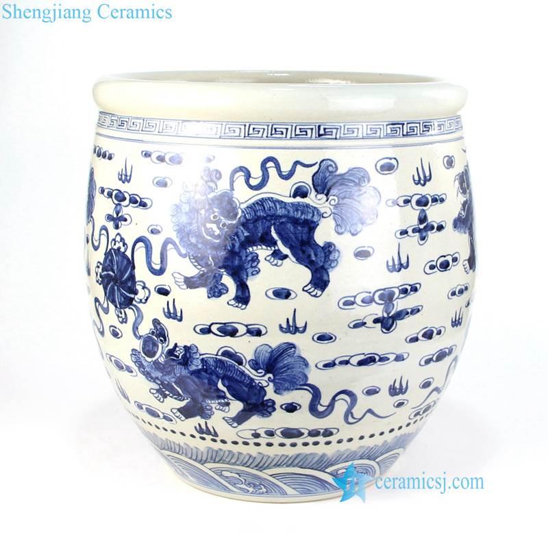 lion plays silk ball pattern pot