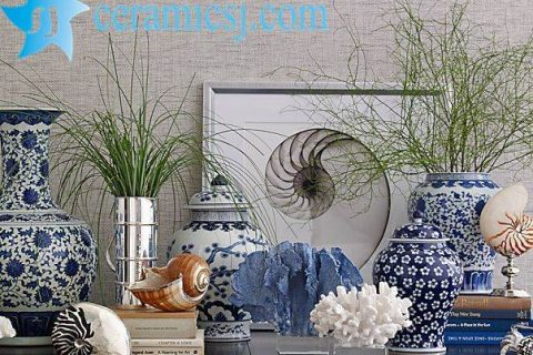 Trend Alert: Blue-and-White Ceramic Is Back