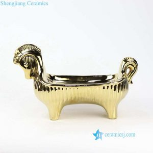 RZLK28 Unique design ceramic golden horse fruit tray
