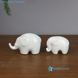 RZOF01 Mother and child white elephant ceramic figurine