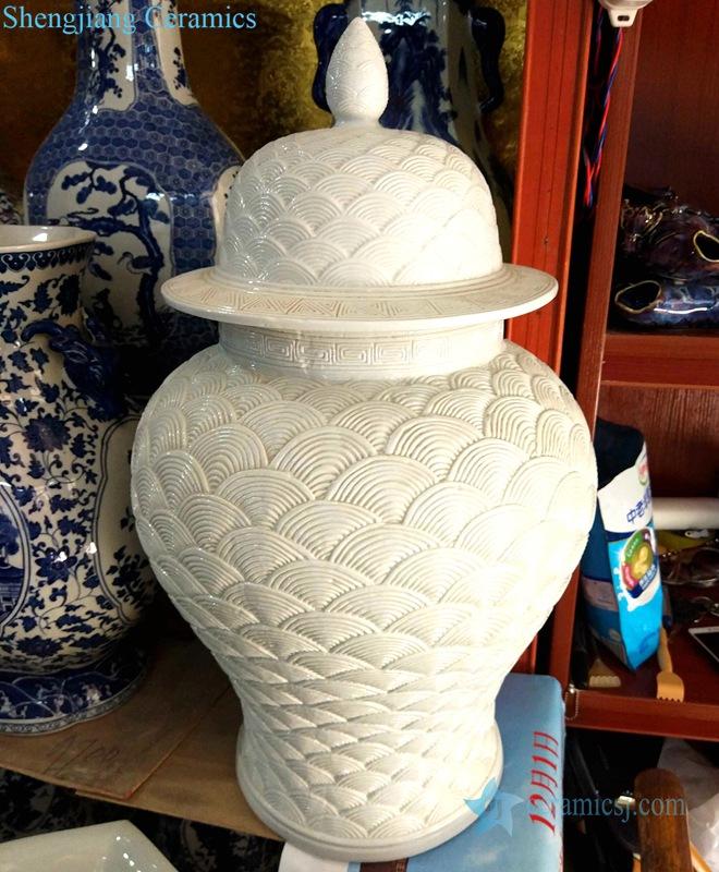 white sea wave scale ceramic jar