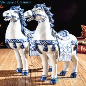 RZGB20 Hand carft blue and white horse figurine