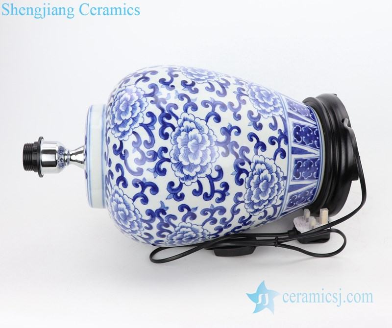 classical elegant ceramic lamp