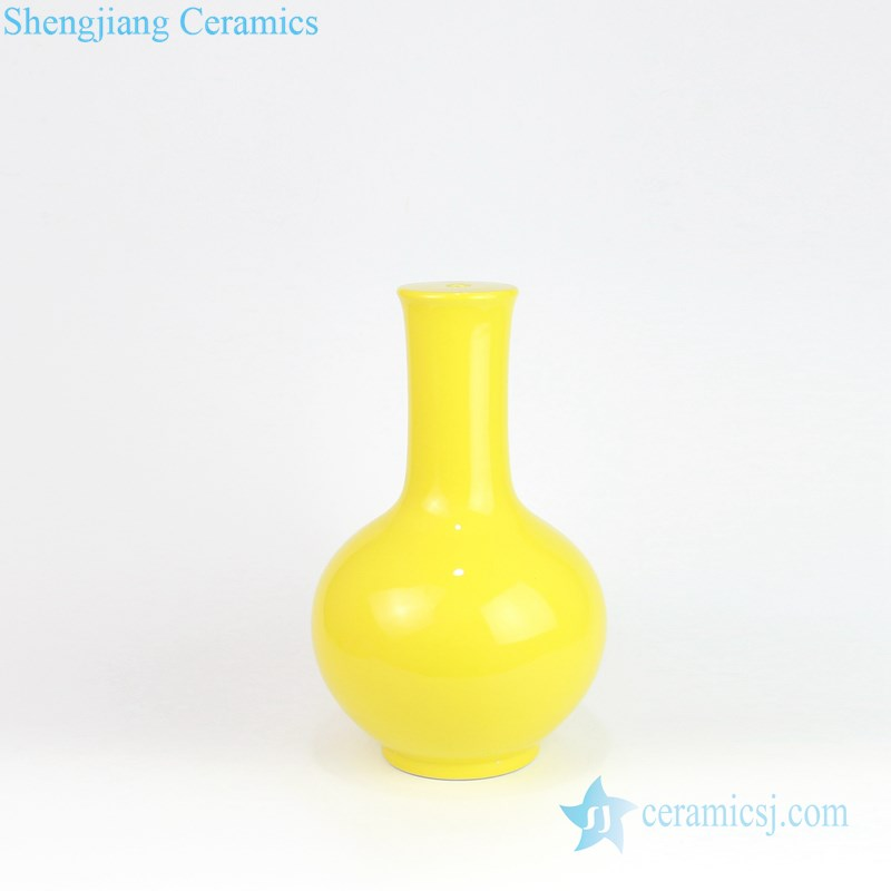 plain color ceramic vase