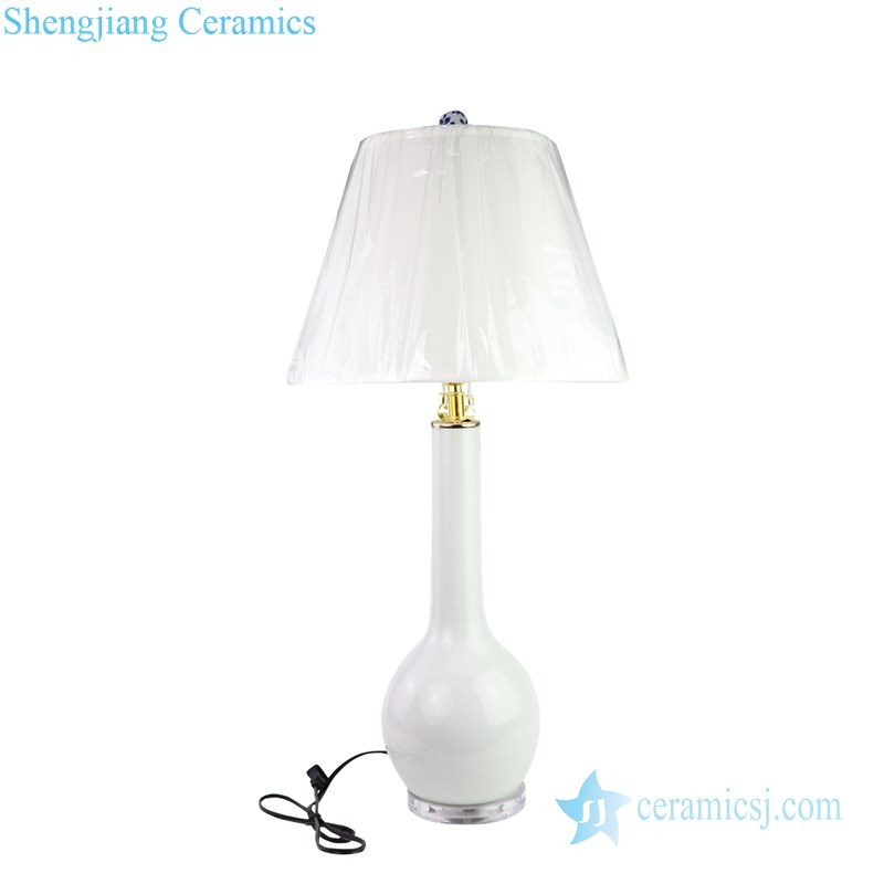 simple white style tabletop ceramic lamp