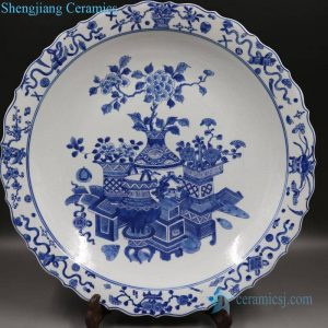 RYQQ44-E Antique blue and white ceramic produced in the Qing dynasty decorative plate