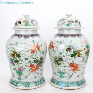 RYWQ14 Traditional hand painted ceramic with colorful fish design jar