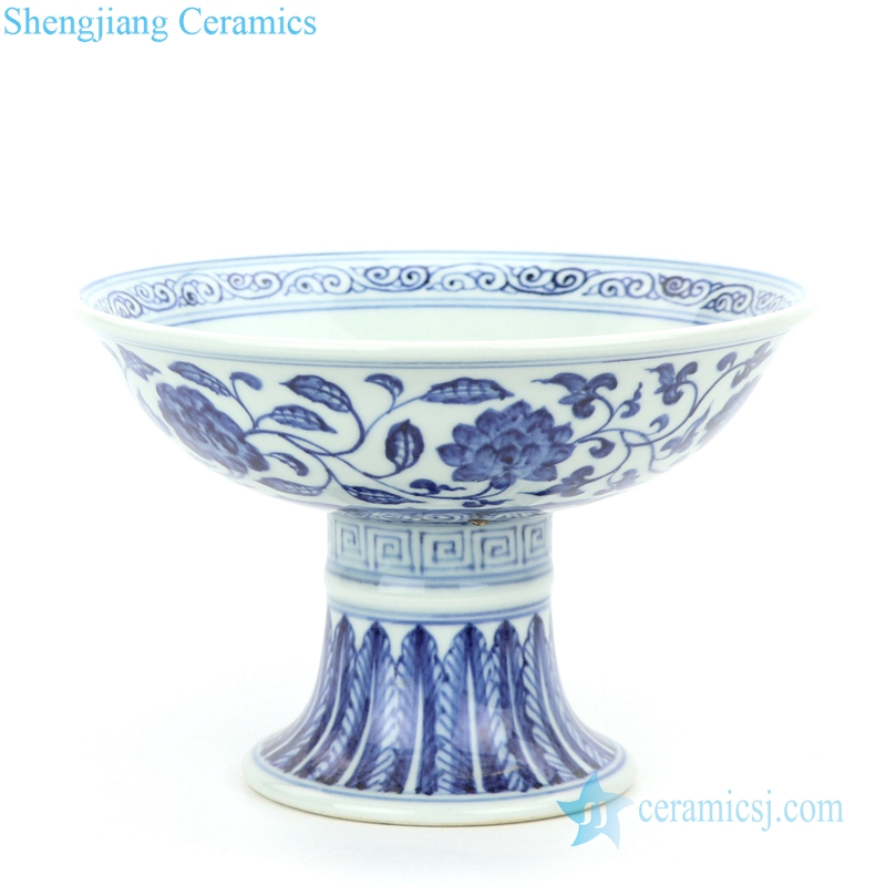 blue and white floral ceramic bowl