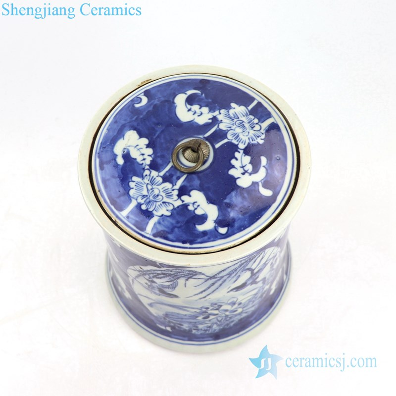 chinese traditional lotus design ceramic jar
