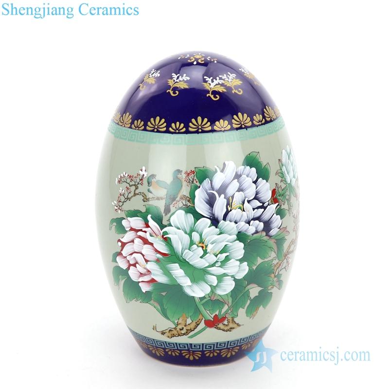 display cerami with flower design vase