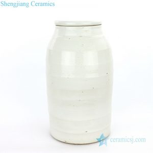 RZPI06-A Chinese middle-sized ceramic tea jar with oblate lid