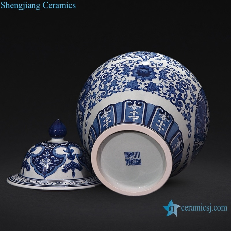 Chinese archaize hand-painted pot bottom view