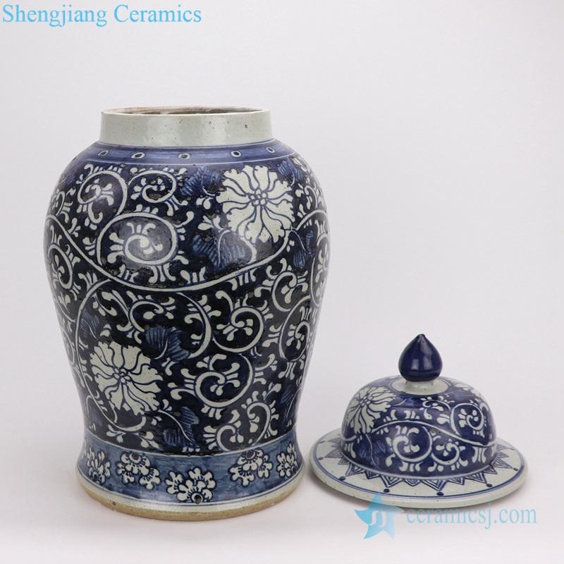flower porcelain jar