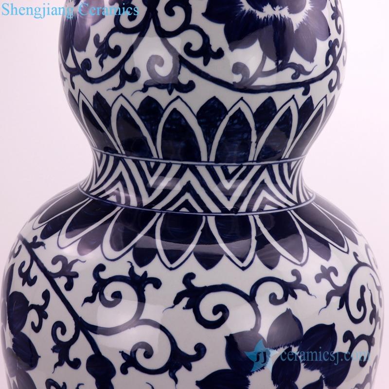 gourd-shaped ceramic vase details