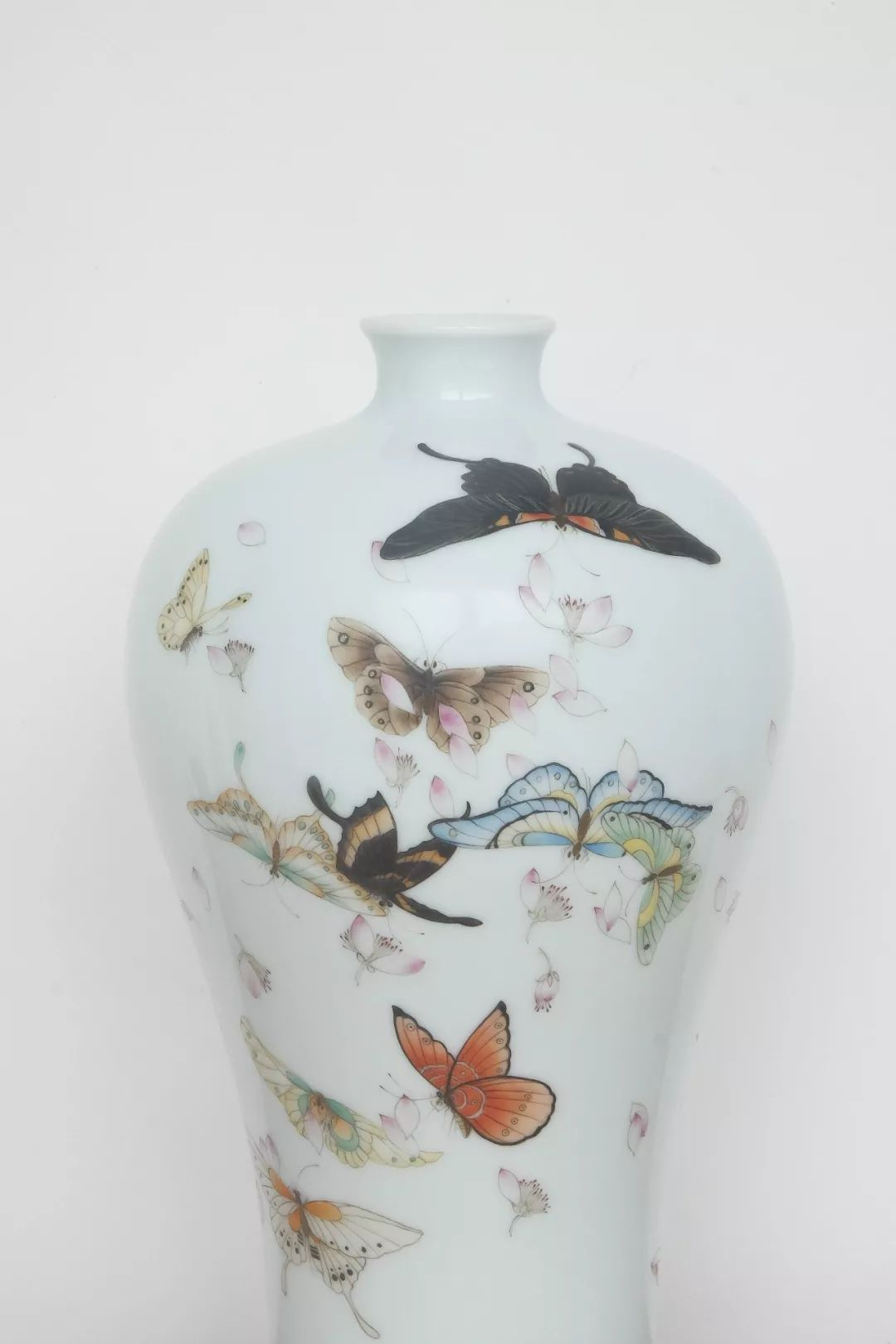 Flower and butterfly ceramic vases