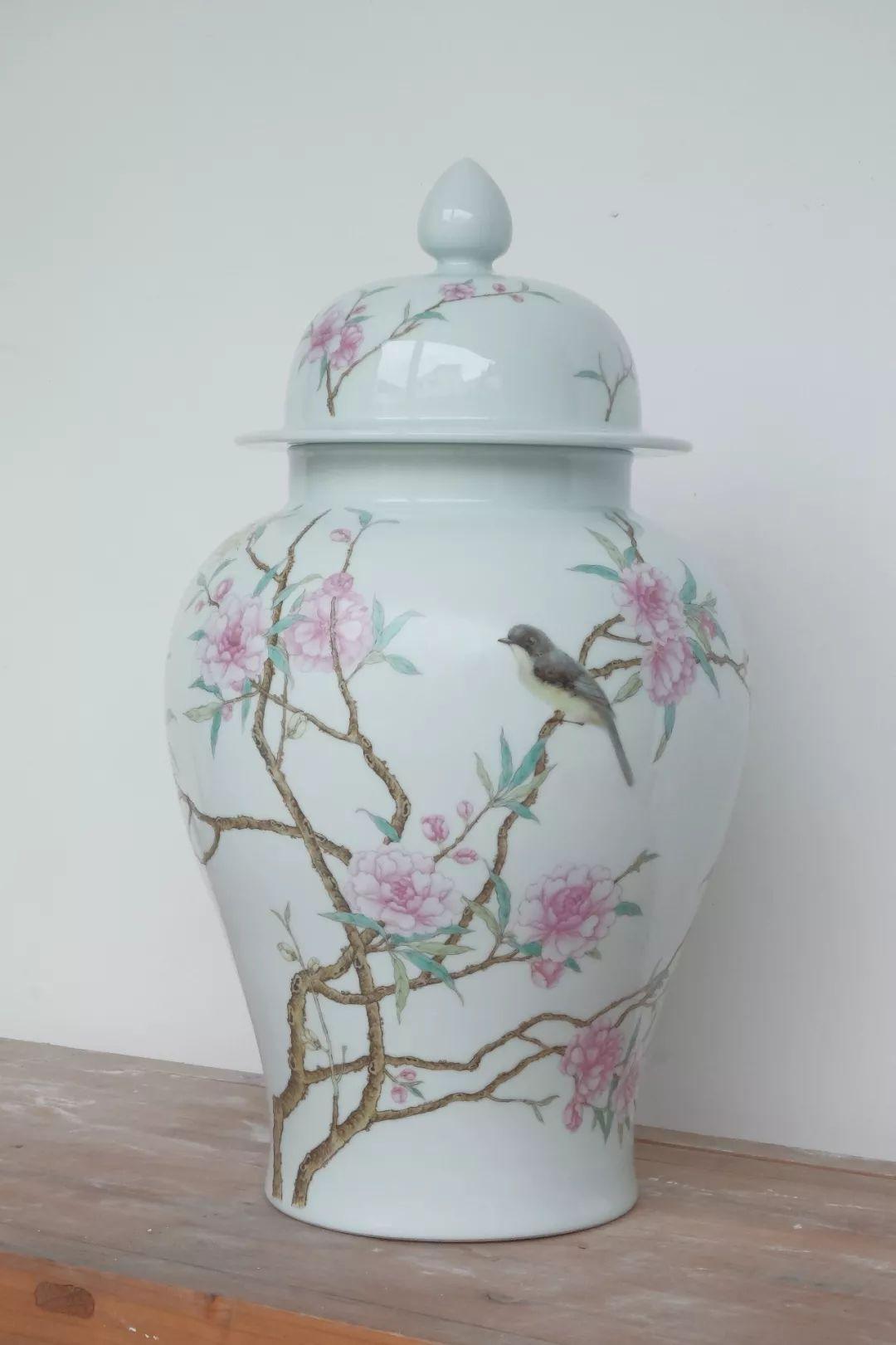 Flower and bird ceramic vases