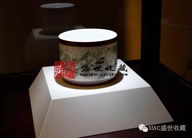jingdezhen Dou Cai picking pattern plum vase
