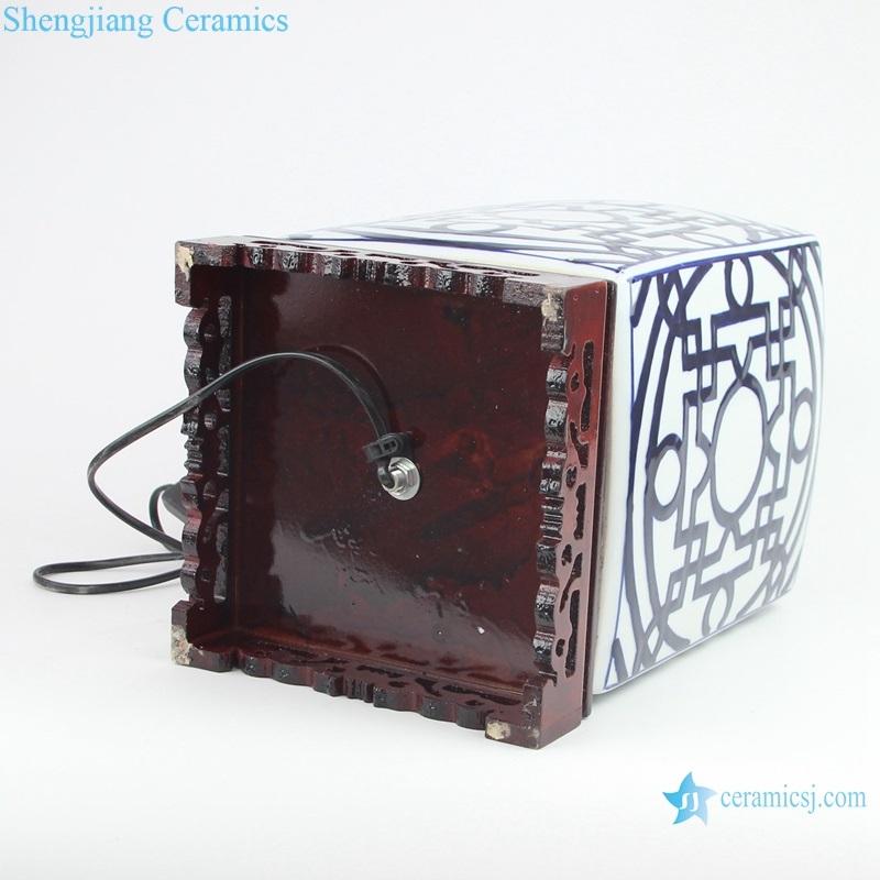 Blue and white square copper money grain tea pot ceramic lamp