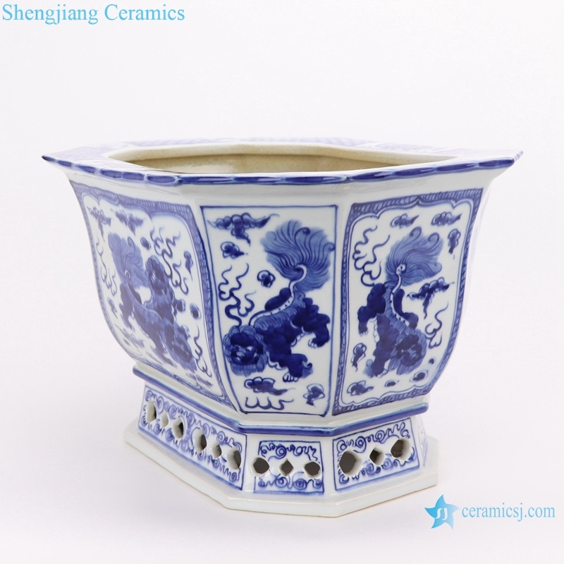 RYLU167-B Archaized hand-painted blue and white octagonal octagonal flower pot with lion designs