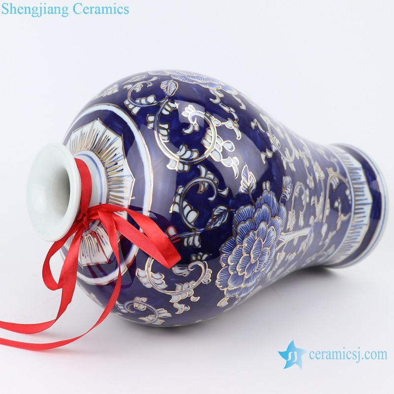 Jingdezhen blue and white gold peony plum vase