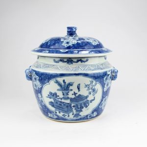 RYVM36-B Archaize hand-painted blue blue bottom open light ice plum eight treasure band lid storage tank