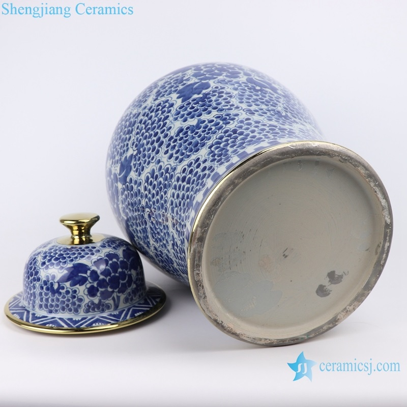 chinese traditinale blue and white general pot