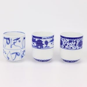 RYYY45-AorBorC Jingdezhen shengjiang Blue and white garden design straight mouth cup