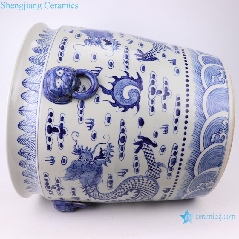 RZFH02-E Archaize hand painted blue and white lion head and ears ring dragon straight mouth vats