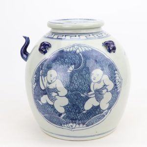 RZGC08 Archaize hand-painted blue and white flowers open light boy play lotus jar