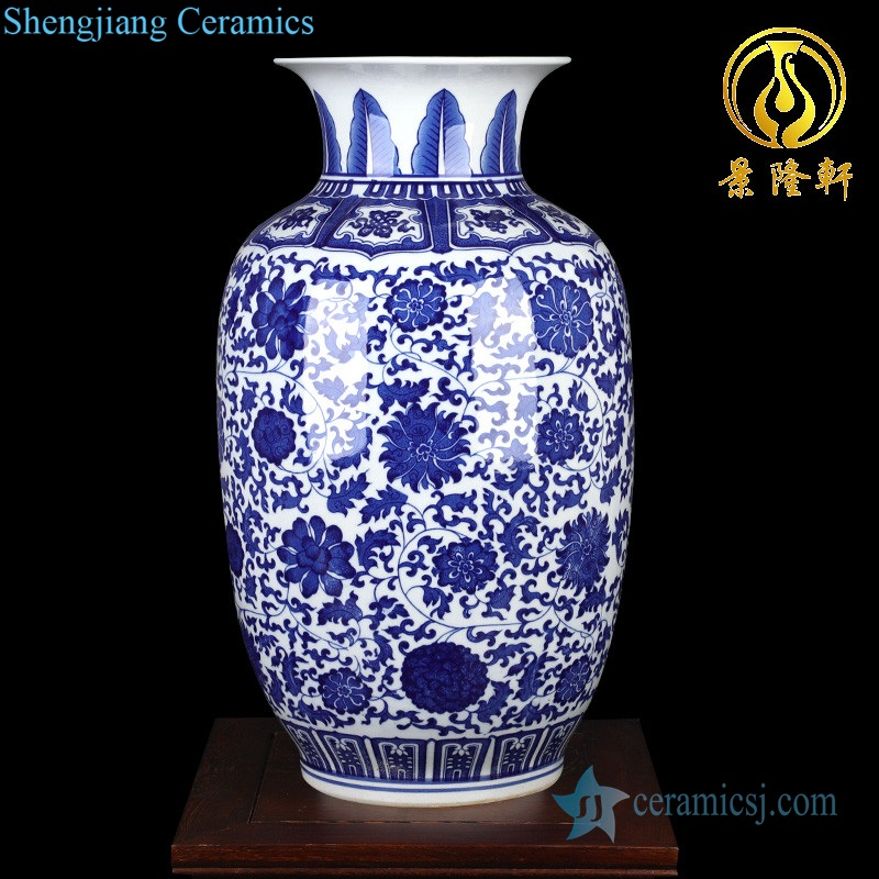White and white lotus gourd bottle smooth exquisite