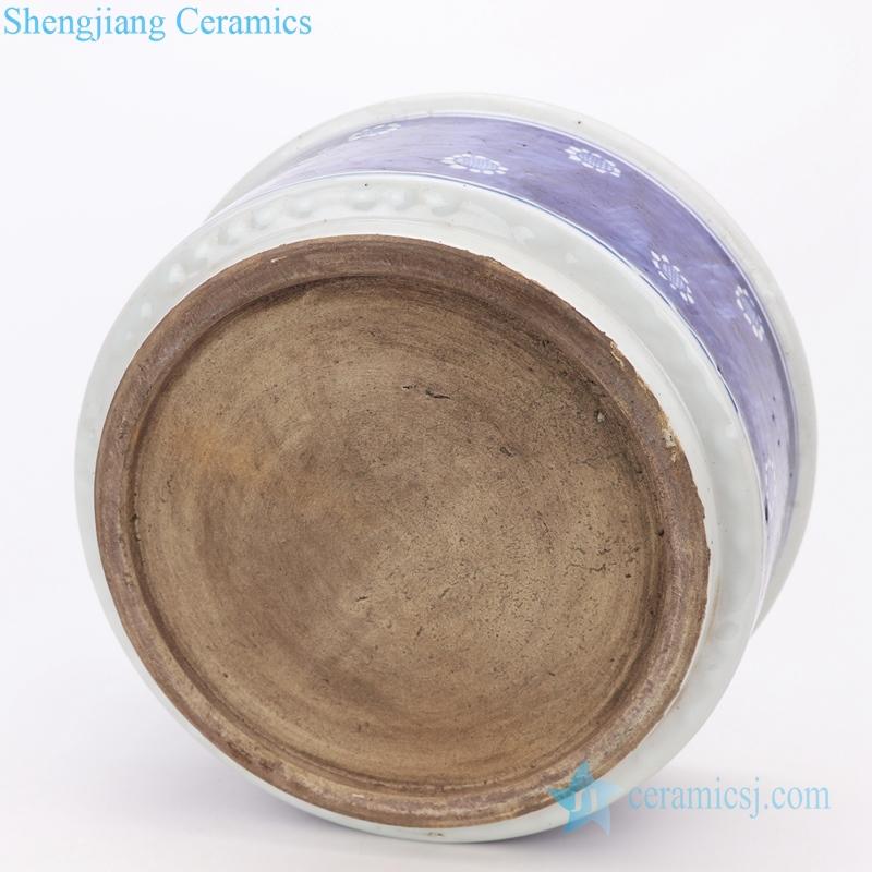A Jingdezhen shengjiang ceramic vats bottom view