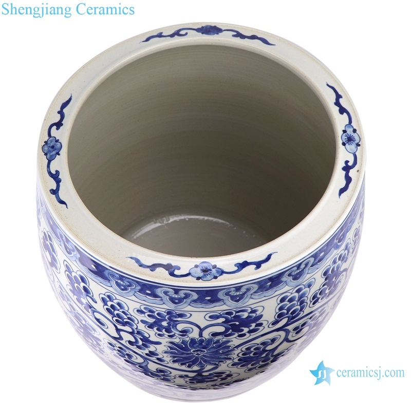porcelain bound lotus flower into grape grain vats