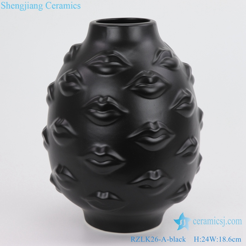 RZLK26-A Nordic Muse matte black and white ceramic face vases sensual lips