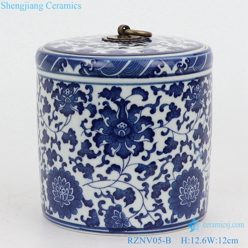 Blue and white lotus pattern tea pot small front