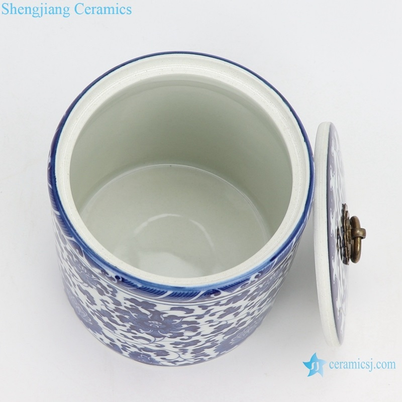 jingdezhen Blue and white tea pot small inside view