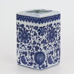 RZNV10 Blue and white lotus pattern square straight tube blue and white square mouth small pen vase