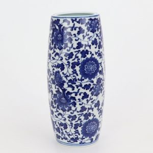 RZNV14 Beautiful blue and white lotus pattern round tube blue and white circular mouth curved pen tube small vase