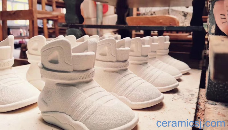 Ceramic basketball shoes are still being made