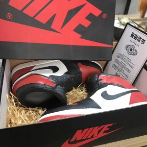 Nike Jordan DIY AJ Hobby AJ's cultural creations All handmade AJ Air Jordan Nike ceramic sculpture hot famous brand sport basketball shoes AJ Nike fashion shoes creative personality birthday gift decoration pieces of basketball shoes model hands can be customized aj toys collection for gifts