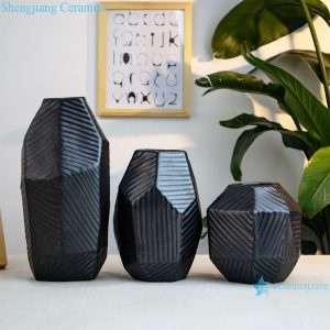 RZRV19-A-B-C Colored glazed decorated black wide mouth shaped vases