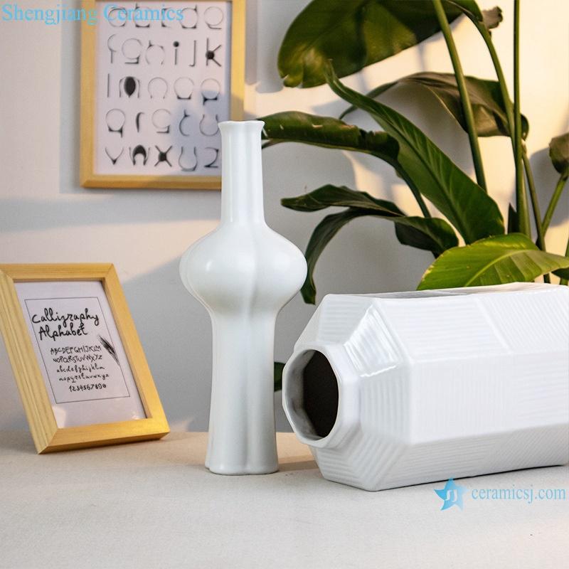 White decorative porcelain artwork flower arrangement RZRV21-a-b